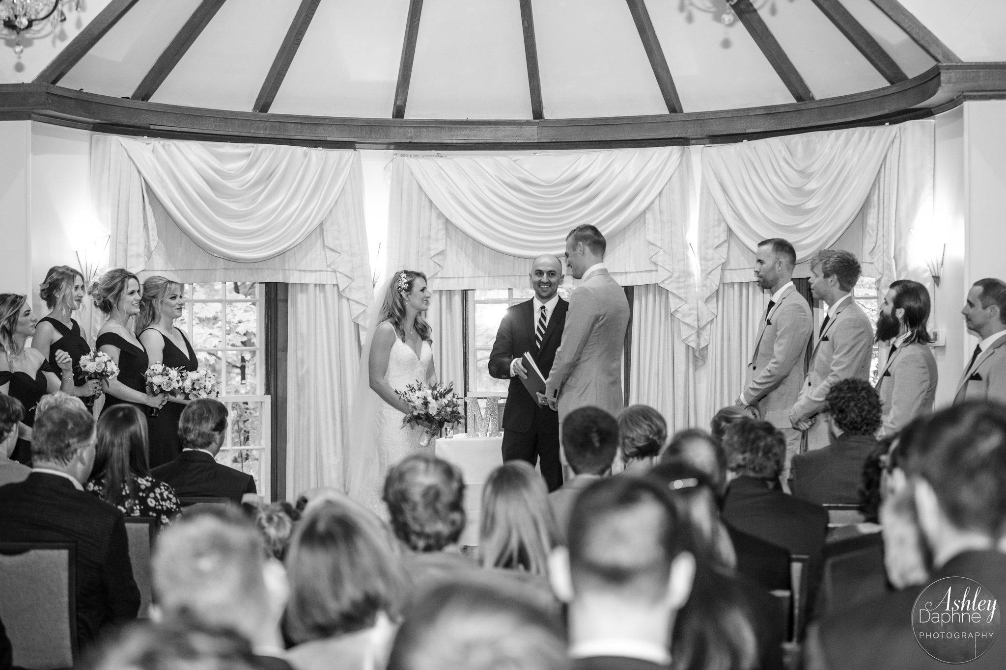 wedding officiant Mississauga wedding ceremony